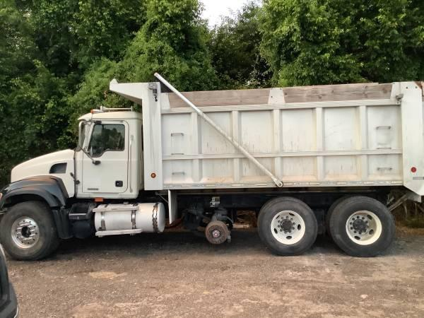 2005 Mack Granite CV713 Dump Truck photo