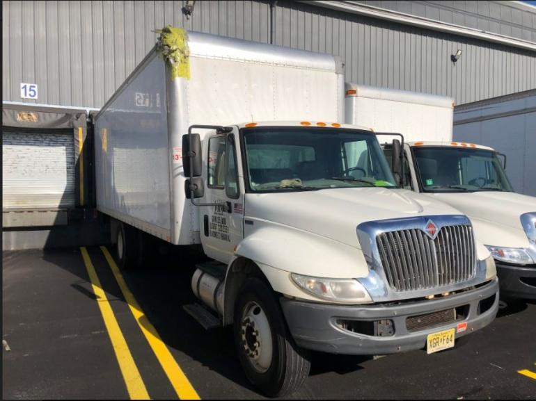 2015 International 4300 Box Truck photo