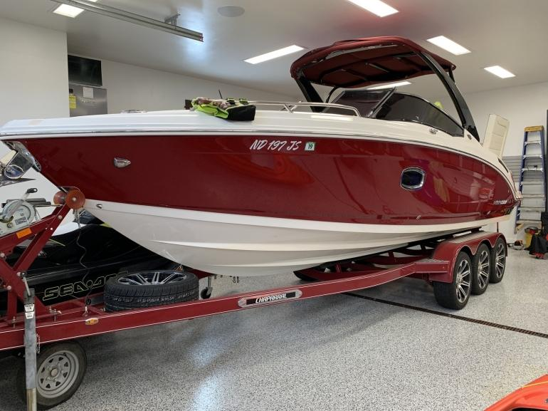 2014 Chaparral 277SX 27.7' Powerboat with Trailer photo