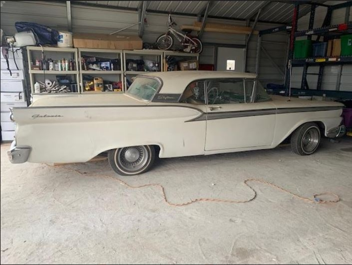 1959 Ford Galaxie Skyliner Retractable Hardtop photo