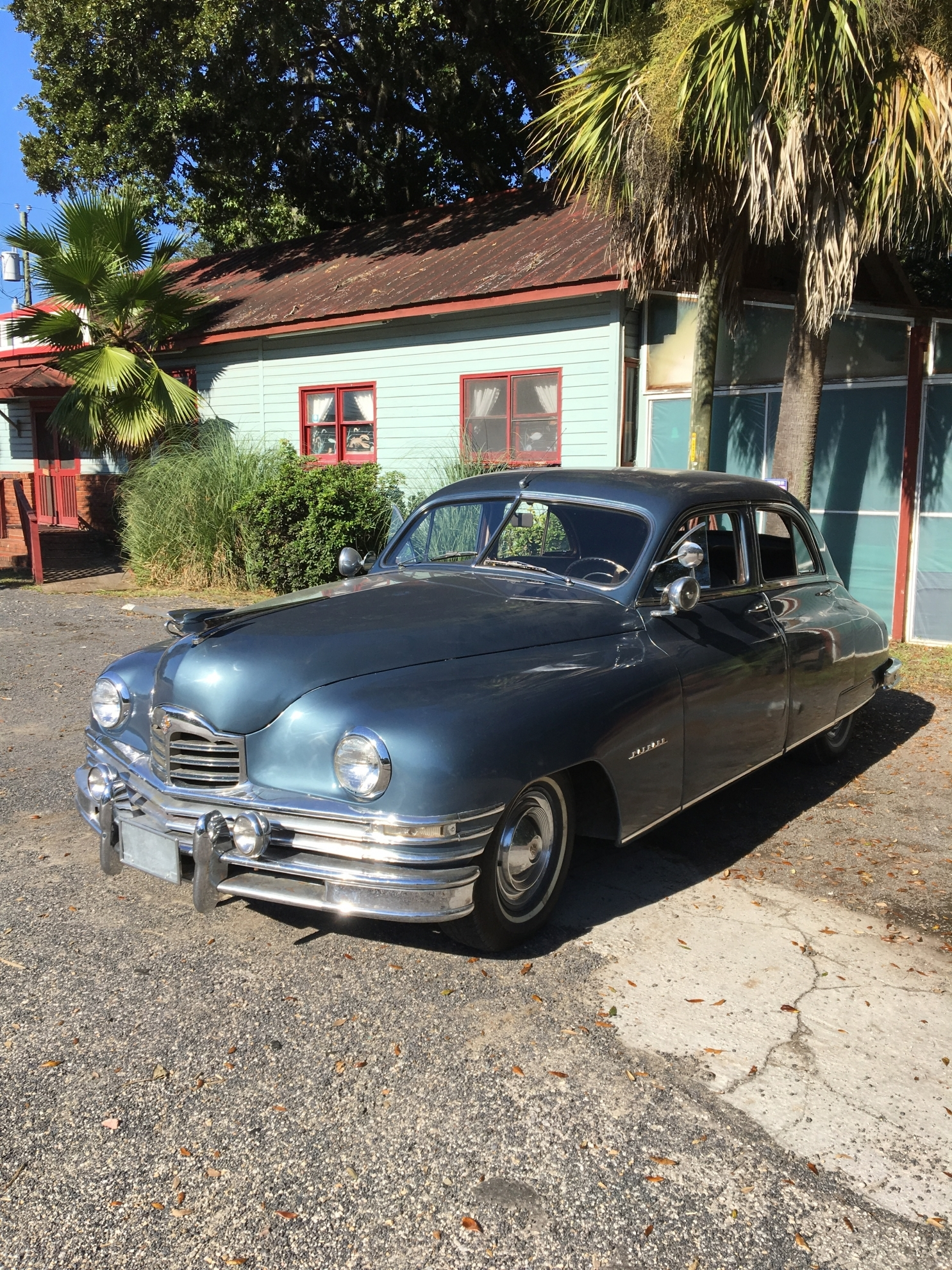 1949 Packard 2262-9 Deluxe Eight Touring Sedan photo