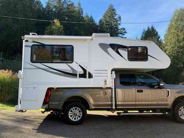 2006 Host Truck Camper Tahoe photo